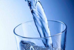 agua pura es saludable